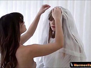 Mormon Teens Undergo Girl Above Girl Sexual intercourse Ceremony