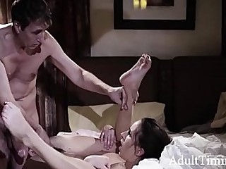 Broken Teen Has Anal Sex For Saucy Time Back Her Dad In all directions Please Him