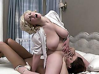 Busty milf facesitting their way hot lesbian room mate