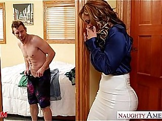 Nasty mom Eva Notty fucking locate with her tits